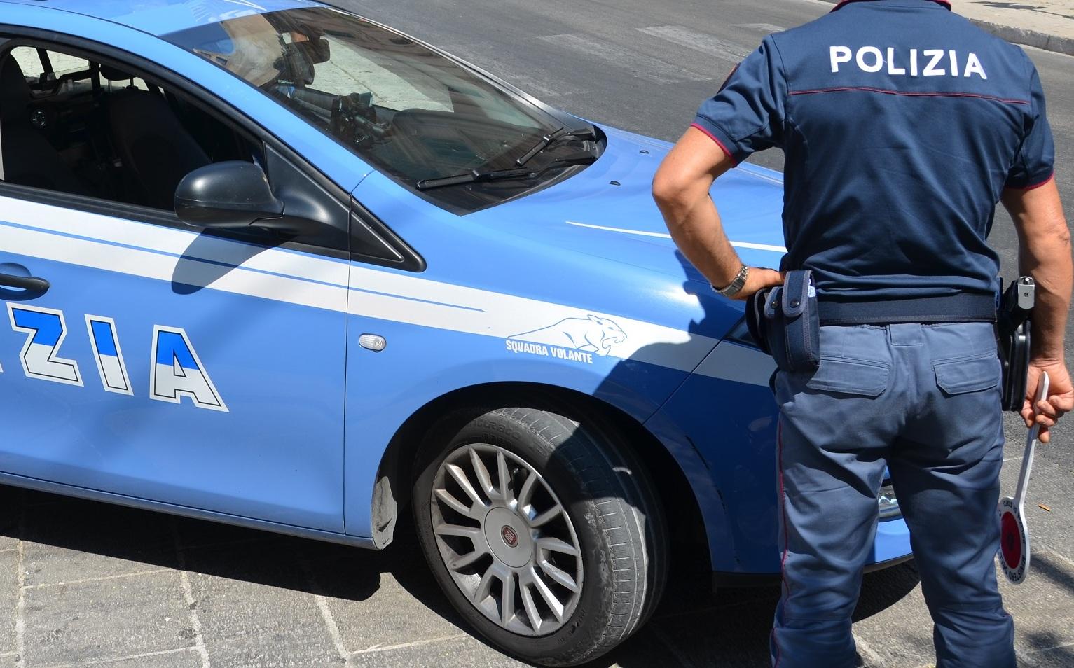 cecina-poliziotti-aggrediti