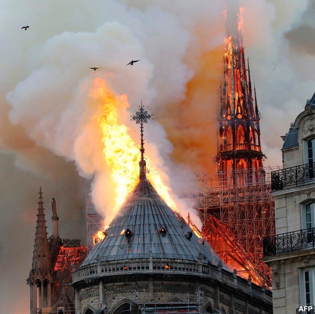 Photo of Notre Dame, milioni promessi per il restauro: miliardari non versano un euro