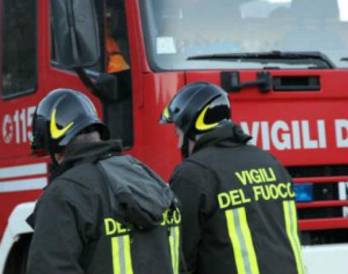 quanto-guadagna-vigile-fuoco