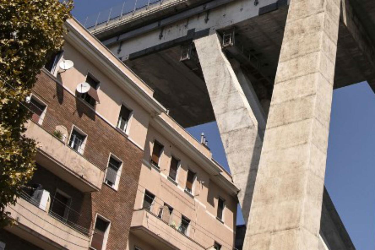 Photo of Ponte Morandi, furti nelle abitazioni degli sfollati: la denuncia