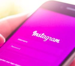 instagram-google-play-app-cancellata