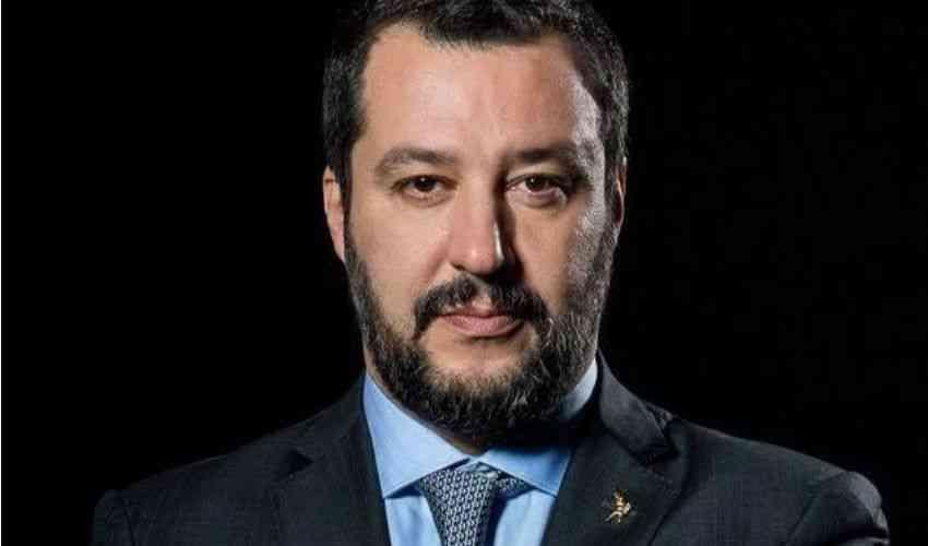 Photo of Salvini, Decreto Sicurezza bis: pugno di ferro contro chi soccorre i migranti