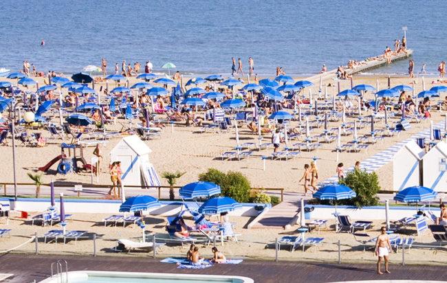 Prezzi stabilimenti balneari dove spende più Italia