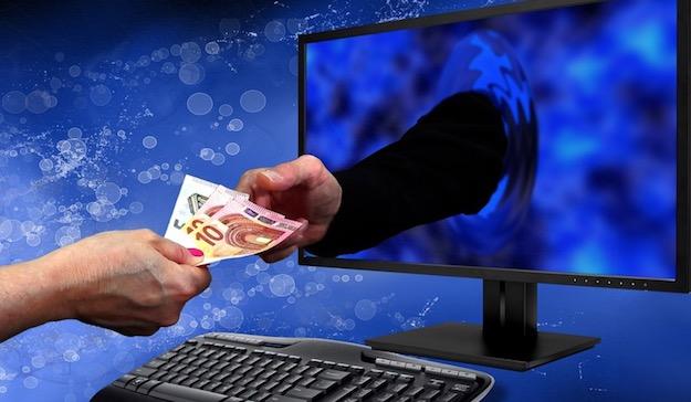 Photo of Truffe online, ecco l'ultima email che promette un premio di 500 euro