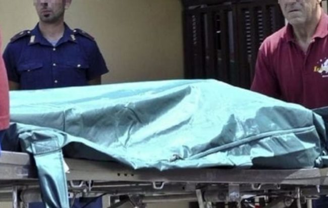 roma-cadavere-carbonizzato-balcone