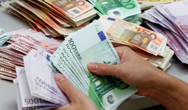 Photo of Italia, il contante regna: ecco le regioni dove viene più usato