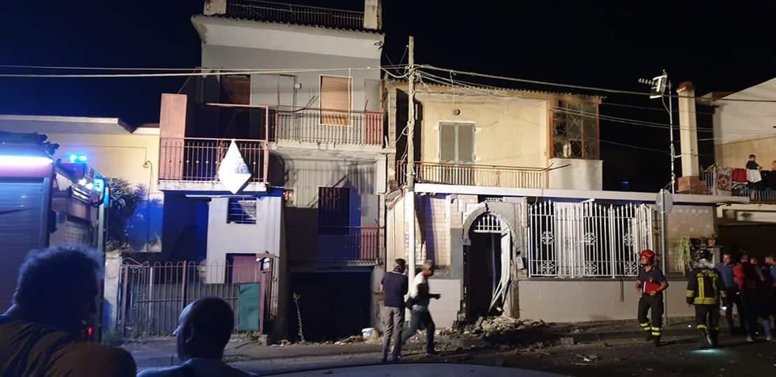 Photo of Esplosione a Terzigno, il boato è arrivato fino a Boscoreale