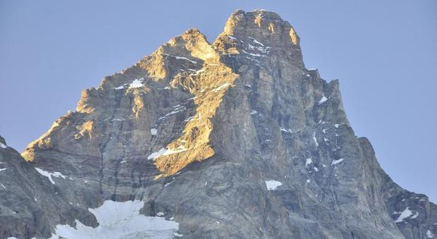 Alpinista-morta-Cervino