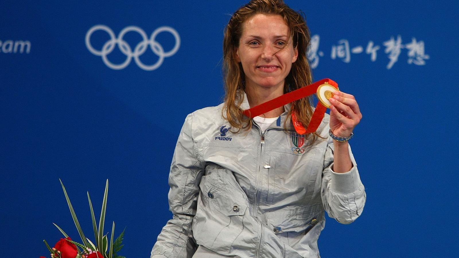 Photo of Leggende dello sport: l'11 agosto 2008 Valentina Vezzali vince il terzo oro consecutivo alle Olimpiadi di Pechino 2008