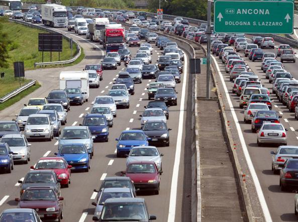 weekend-traffico-bollino-rosso-autostrada-maltempo