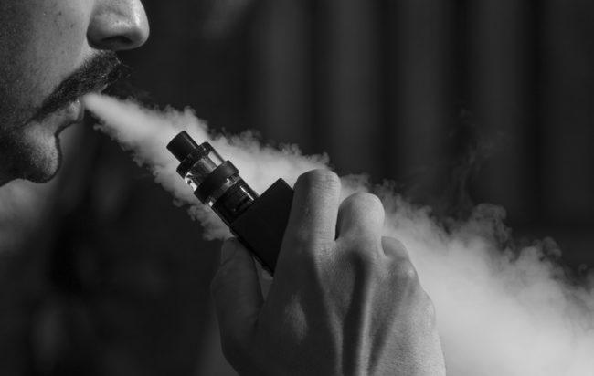 Sigarette elettroniche: l'Oms modifica la pagina dei rischi per troppi errori d'informazione