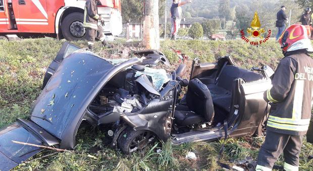 Photo of Belluno, incidente all'alba: morto un 17enne, gravissimi quattro amici