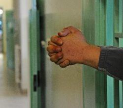 sky-detenuti-rivolta-secondigliano-carcere