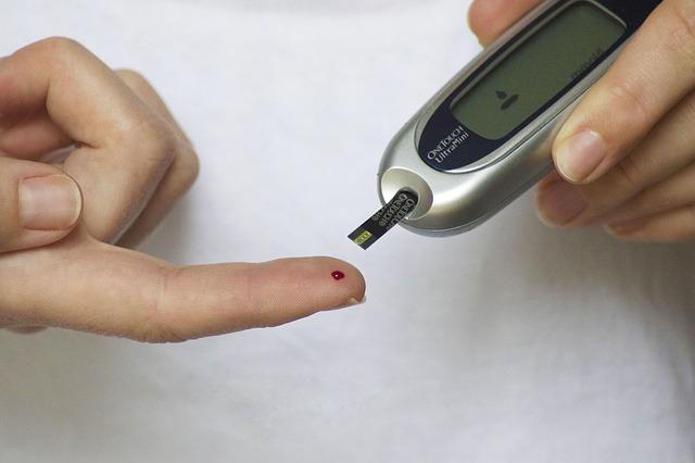 diabete-partnership-sanofi-abbott
