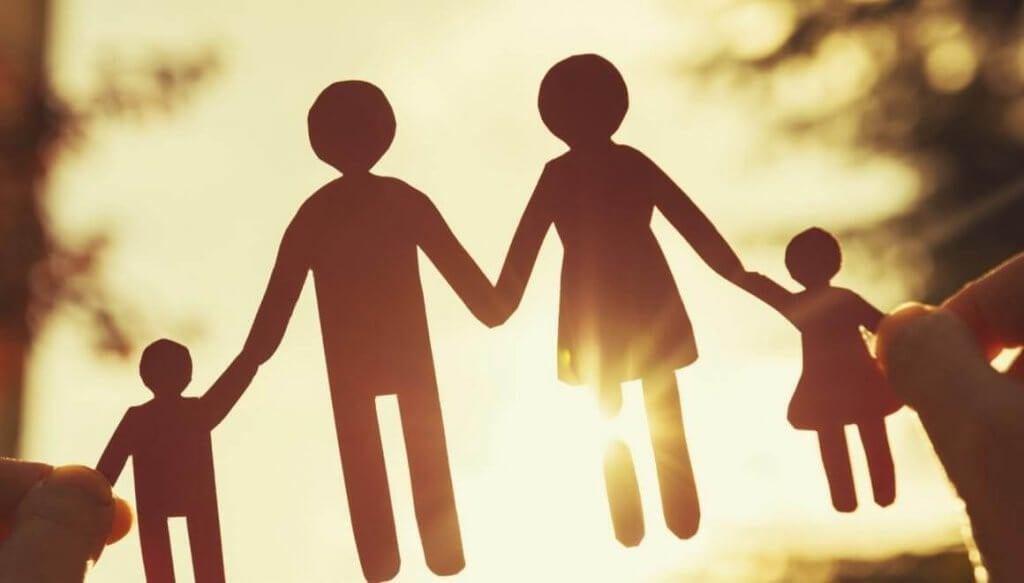 famiglia-1024x583