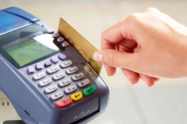 Photo of Economia, ecco come il governo vuole incentivare i pagamenti elettronici