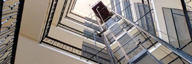 maniaco ascensori