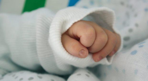 Neonato-morto-circoncisione-Genova