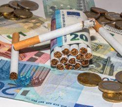 aumenti-sigarette-gioco-legale-manovra
