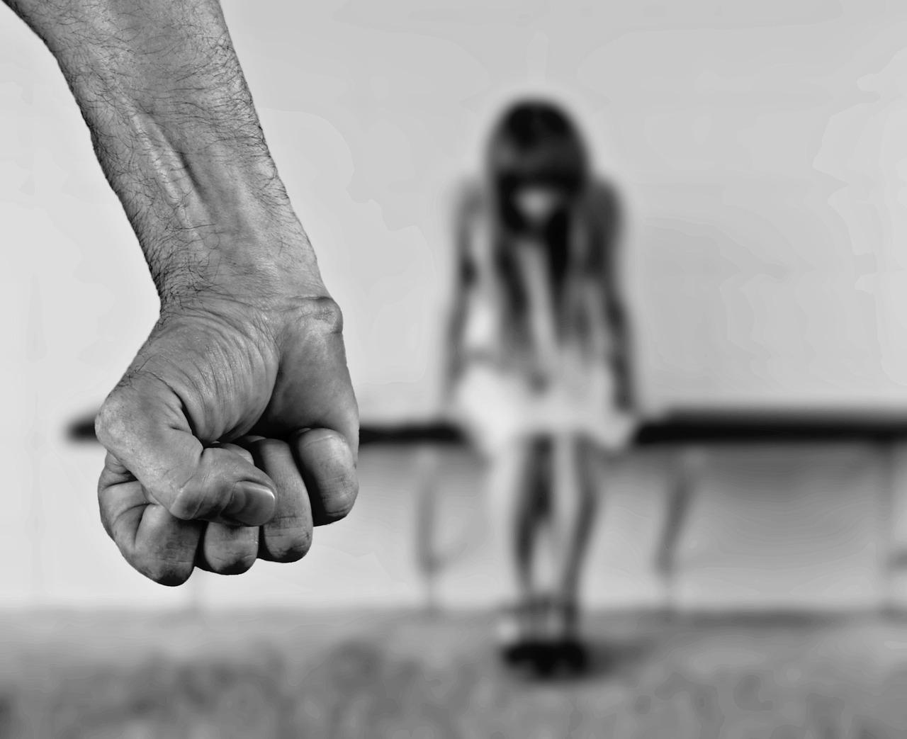 Photo of YouPol, l'app per segnalare le violenze domestiche alla Polizia: ecco come funziona