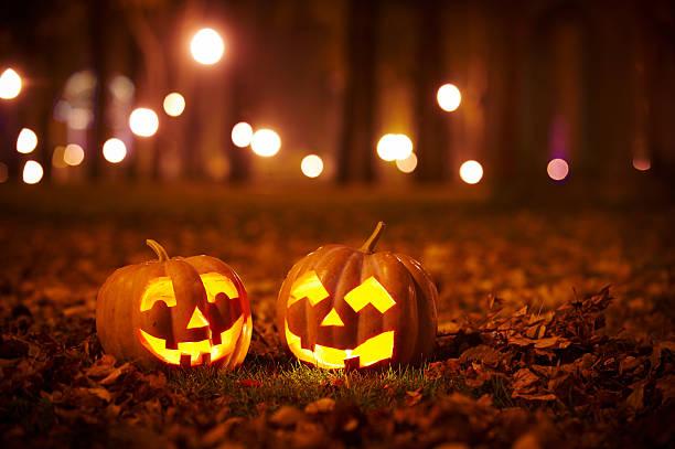 """Photo of La vera storia di Halloween, la festa del """"dolcetto o scherzetto"""": tutte le curiosità"""