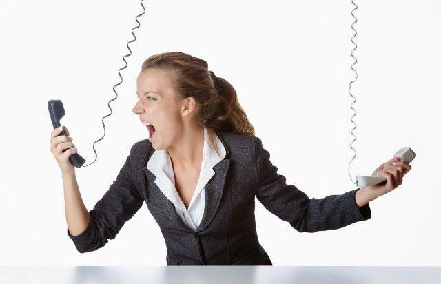 contratto-internet-telefono-casa-vantaggi-svantaggi-call-center