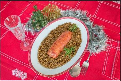 Photo of Perchè si mangiano le lenticchie a Capodanno? Una tradizione che risale agli antichi romani