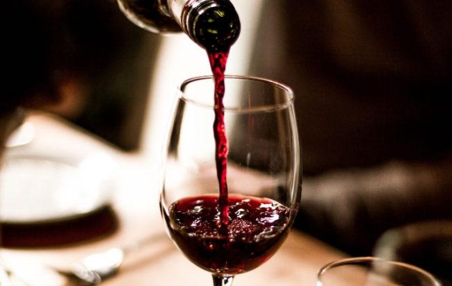 bere-vino-aiuta-cervello-comprendere-matematica