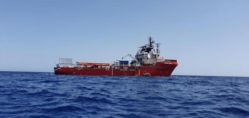 taranto-ocean-viking-sbarcheranno-400-migranti