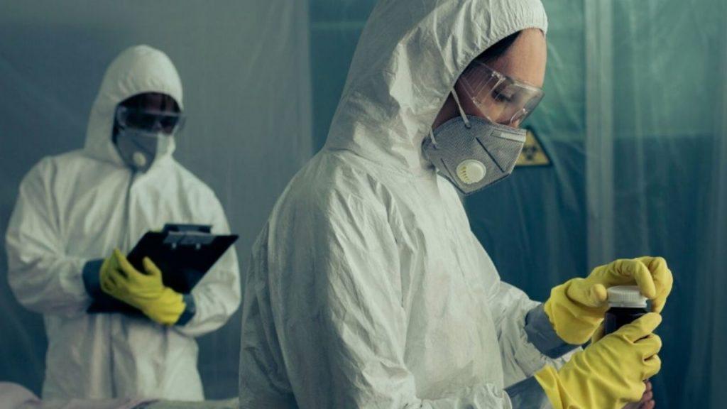 Photo of Cina, fuga di batteri da un laboratorio: oltre 3mila persone ammalate