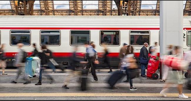 coronavirus-treni-fermi-stazione-lecce-milano