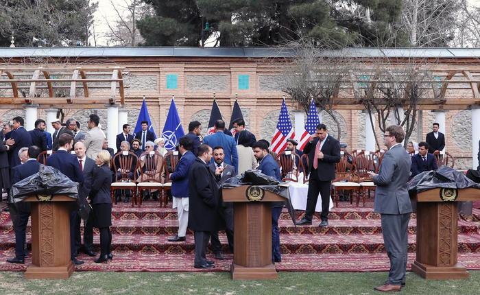 Photo of Afghanistan, Stati Uniti e talebani firmano la pace: dopo 18 anni è finita la guerra