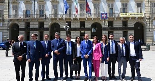Photo of Piemonte, mille euro in più al mese: la giunta targata Lega si alza lo stipendio