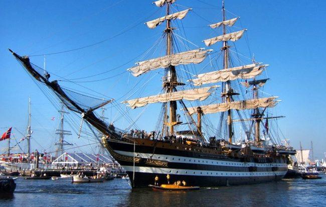 22 febbraio 1931: varo della nave scuola Amerigo Vespucci, la nave più bella del mondo