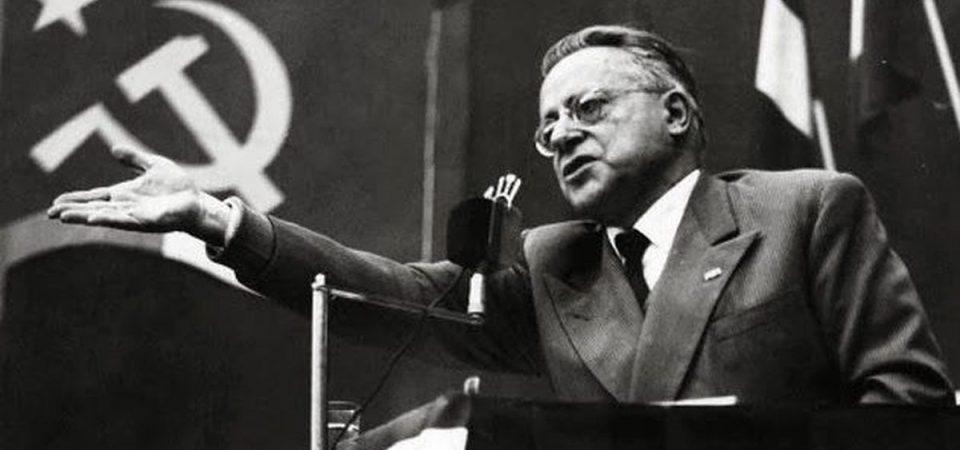 Photo of Chi è Palmiro Togliatti? Percorriamo insieme la storia del politico comunista italiano