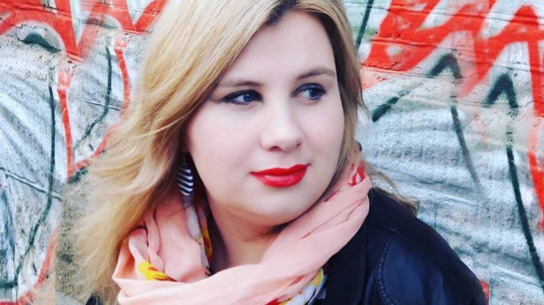 Photo of Coronavirus, muore in otto giorni a 36 anni. La storia di Anastasia, una giovane giornalista e mamma single stroncata dal Covid-19