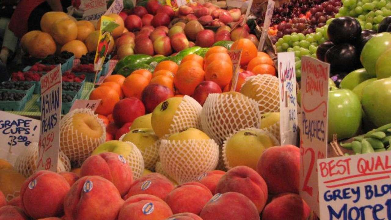aumentano-prezzi-coronavirus-frutta-verdura-perché