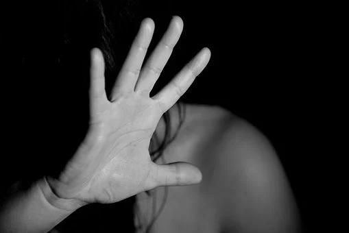 Photo of Ancora una donna vittima di femminicidio: è successo a Niscemi