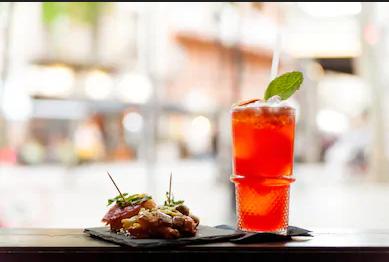Photo of Coronavirus, Campania, riapertura domani dei ristoranti: per bar, vinerie, chioschi e altri esercizi serrande abbassate alle 23