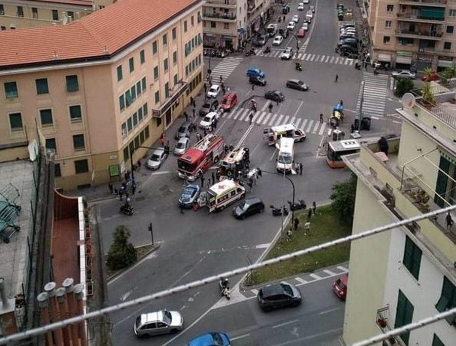 incidente-ambulanza-genova-morta-donna-14-maggio