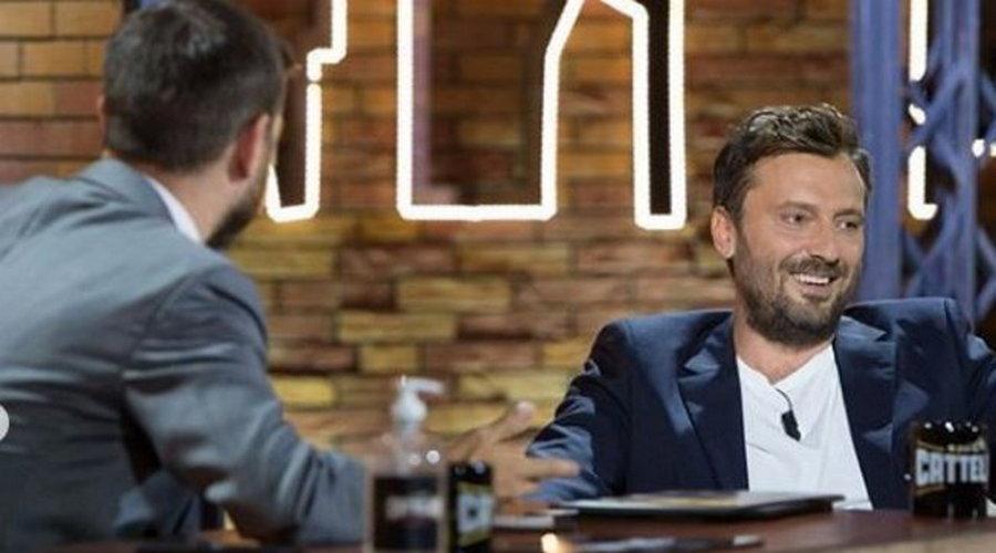 """Photo of Cesare Cremonini: """"Ho cambiato nome alla colf moldava perché la pago"""""""