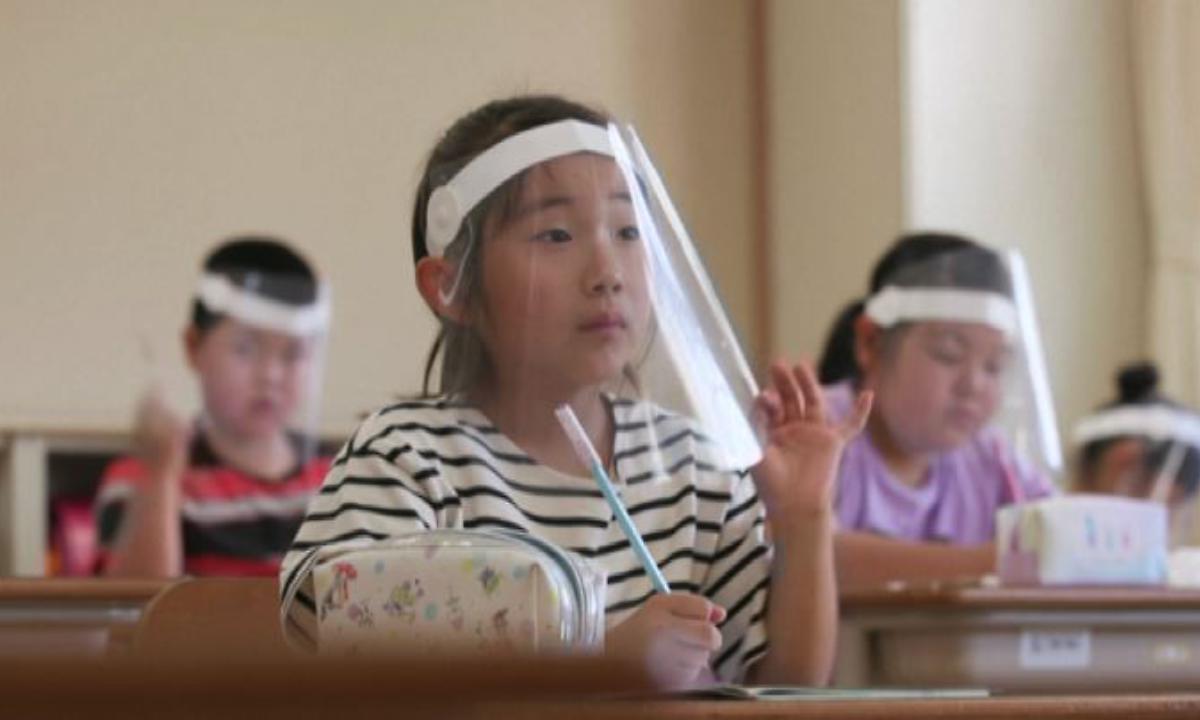 """Photo of Coronavirus, Clementi: """"Per i bambini a scuola visiere meglio delle mascherine"""""""