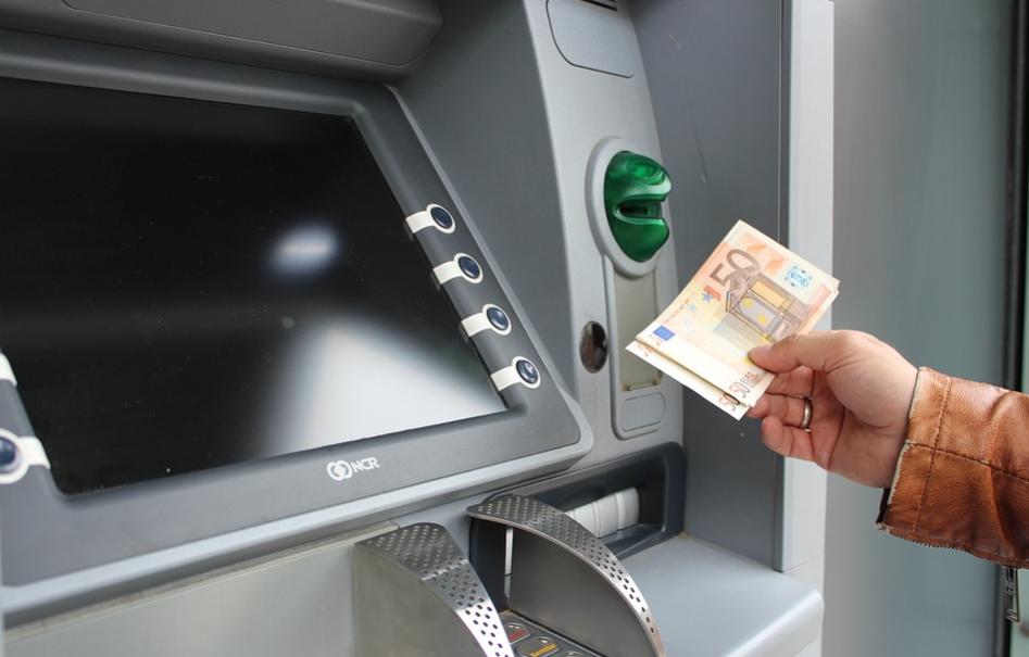 piano-colao-prelievo-pagamento-contanti