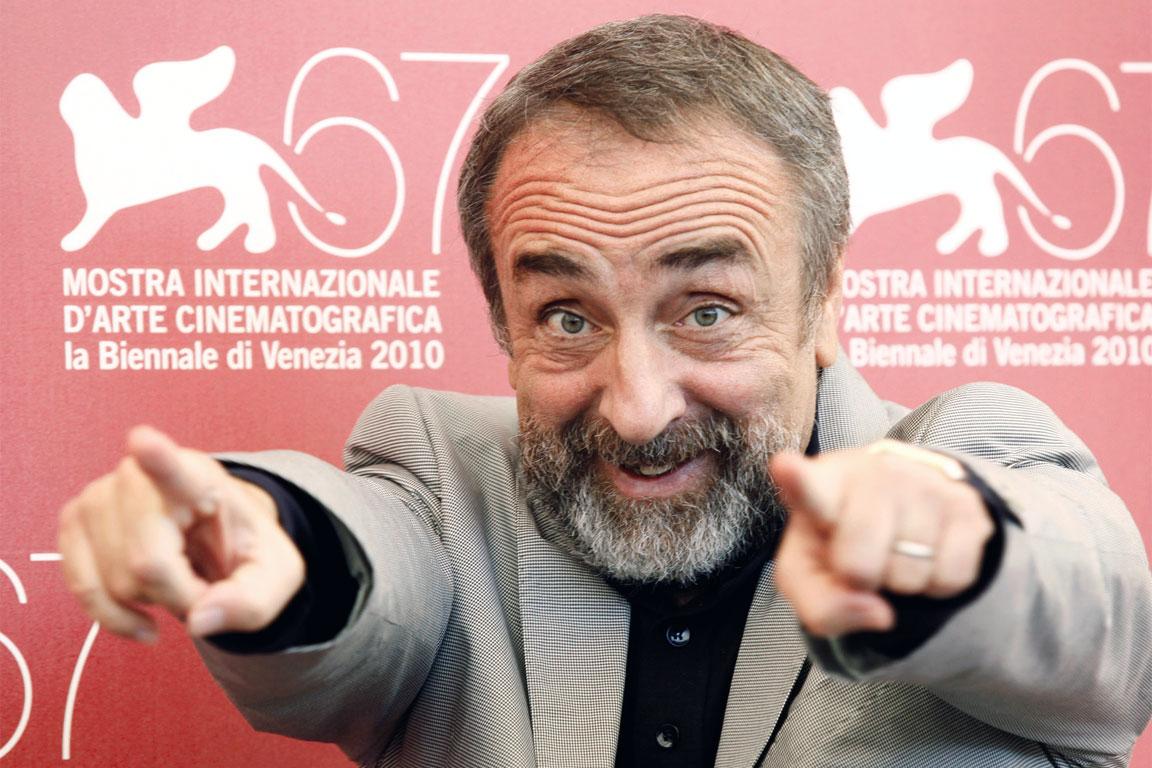 Photo of Il 30 giugno del 1957 nasce Silvio Orlando, ironico e talentuoso attore napoletano