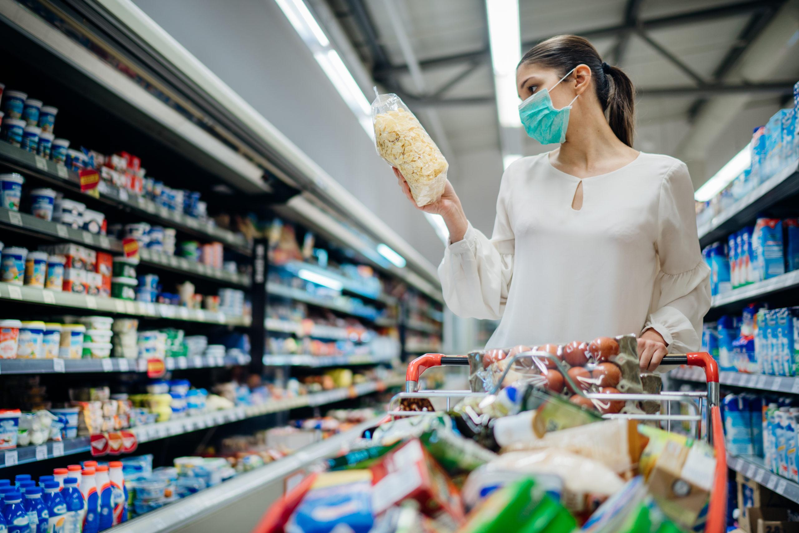 coronavirus-oms-no-guanti-supermercato