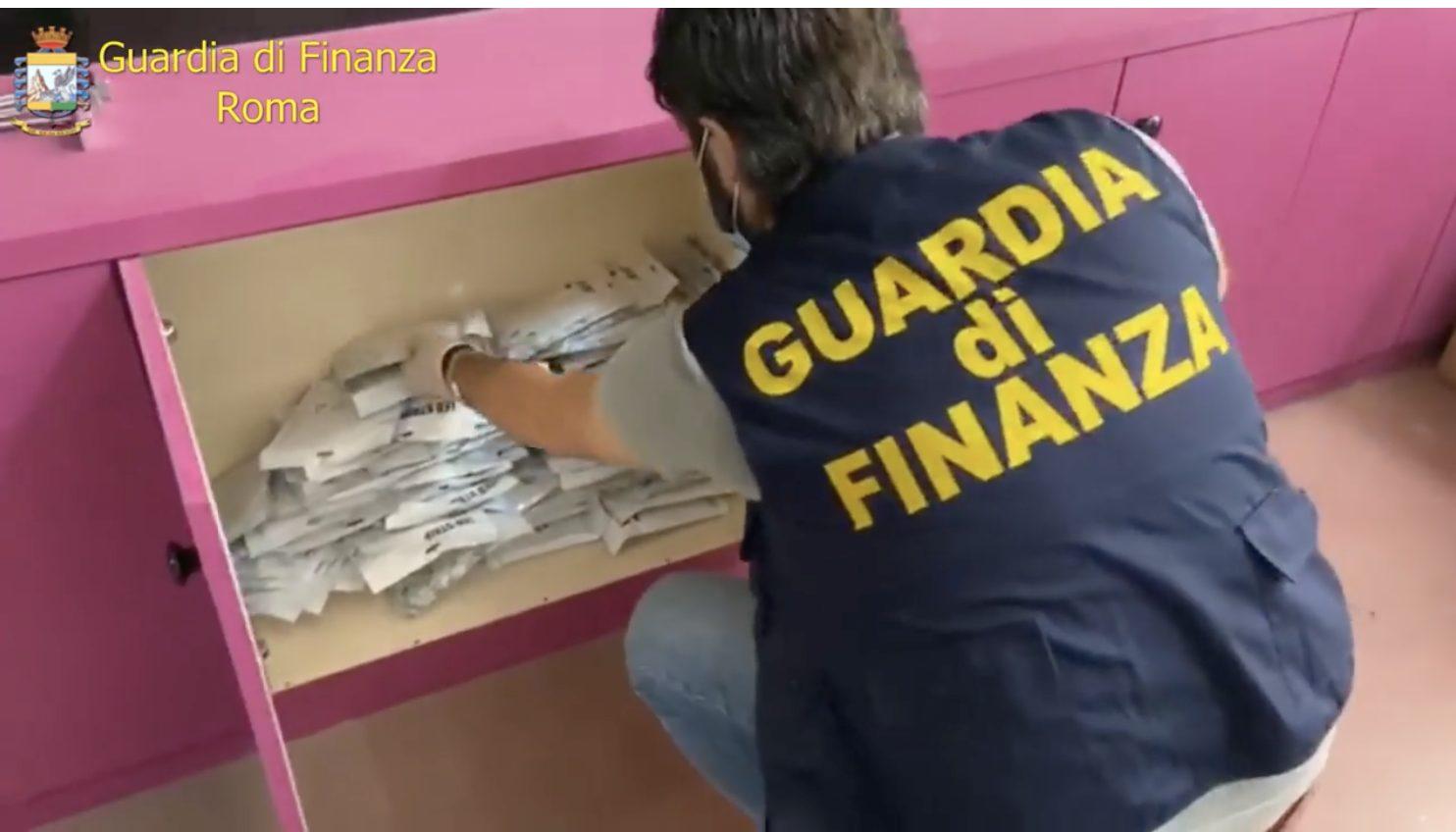 roma-sequestrati-prodotti-elettrici-pericolosi