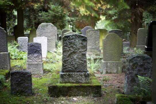 funerale-vivo-cimitero-egitto