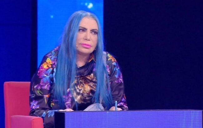Loredana Bertè ricorda Ennio Morricone e sbaglia: terribile gaffe, bufera sui social