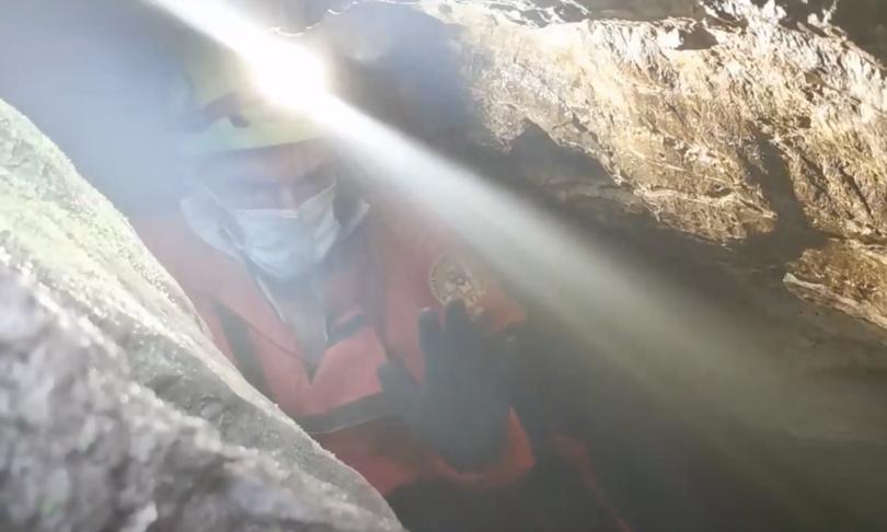 salvi-due-speleologi-bloccati-grotta-terzo-uomo