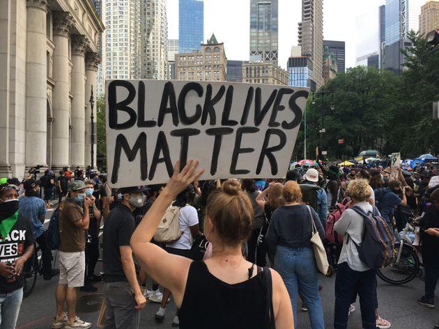 donald-trump-black-lives-matter-simbolo-odio